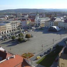 384px-Náměstí_Kroměříž